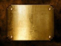 конкретная золотистая металлопластинчатая стена Стоковые Изображения