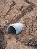 Конкретная почва крышки места захоронения отходов труб дренажа Стоковое Изображение