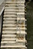 Конкретные лестницы в гавани Стоковая Фотография