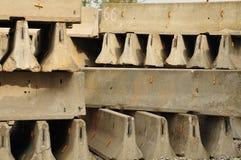 Конкретные элементы для границы строительной площадки стоковые фотографии rf
