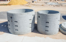 2 конкретных soakwells Стоковое Изображение RF