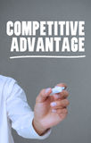 Конкурентное преимущество сочинительства руки с отметкой Стоковые Фотографии RF