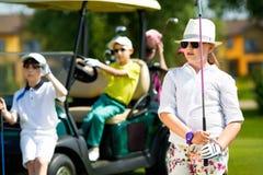 Конкуренция гольфа детей стоковая фотография