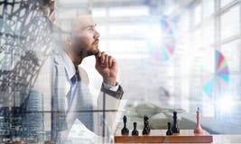 Конкуренция и стратегия в деле Мультимедиа Стоковое фото RF