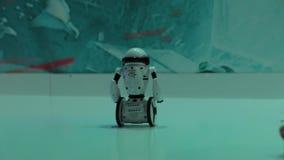 Конкуренция роботов акции видеоматериалы
