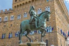 Конноспортивная статуя Cosimo de 'Medici florence Италия стоковые фотографии rf