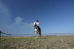 конноспортивные скипы девушки Стоковая Фотография RF