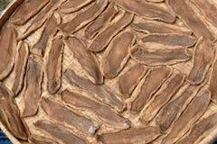 Консервация еды сухой соленой капусты куска китайская на бамбуковой корзине стоковые фото
