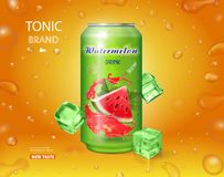 Консервная банка металла напитка арбуза с вектором выплеска сока арбуза реалистическим, рекламируя с кубами льда конструирует иллюстрация вектора