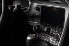 Консоль автомобиля мультимедиа стоковое фото