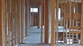 Конспект деревянного дома нового строительства обрамляя видеоматериал