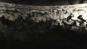 Конспект дыма облаков на черной предпосылке акции видеоматериалы