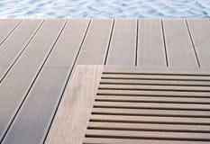 Конспект ослабляет на бассейне Стоковая Фотография