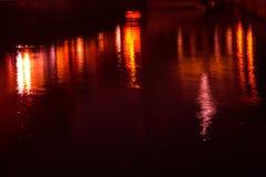 Конспект: Отражения от светов здания стоковая фотография