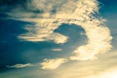 конспект природы предпосылки белого облака и голубого неба Vint Стоковые Фото