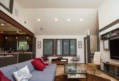 конструированный тип комнаты домашнего интерьера живя ретро Стоковые Фото