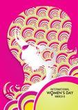 Конструируйте о международном дне ` s женщин с чертежом стороны ` s женщины с текстурой красочных кругов на розовой предпосылке Стоковая Фотография RF