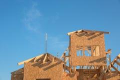 Конструкция дома крыши щипца конца-вверх деревянная Стоковая Фотография RF