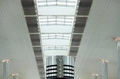 конструкция Дубай авиапорта архитектурноакустическая самомоднейший Стоковые Фотографии RF