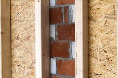 Конструкция деревянных стен рамки нового места загородного дома ООН Стоковое Изображение