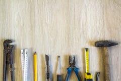 Конструкция, здание и комплект инструментов ремонта для дома работают на wo Стоковое Изображение RF