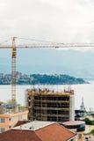 Конструкция многоэтажного здания в Budva, Черногории Buil Стоковое Фото