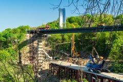 Конструкция моста в Киеве, Украине стоковое фото