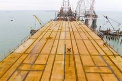 Конструкция моста Объекты инженерства для конструкции моста железной дороги и автомобиля через пролив Стоковое Изображение RF