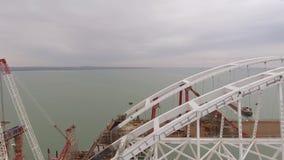 Конструкция моста Объекты инженерства для конструкции моста железной дороги и автомобиля через стоковые фото