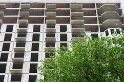 Конструкция нового многоэтажного здания Стоковое Изображение RF