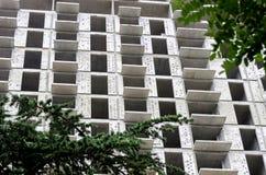 Конструкция нового многоэтажного здания Стоковая Фотография RF