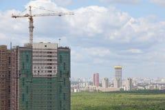 Конструкция новых высоких зданий Стоковые Изображения