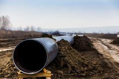Конструкция трубопровода Trans газопровода адриатического - КРАНА Стоковые Изображения RF
