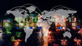 Контейнеровоз в экспорте и деле импорта логистических краном, Стоковые Фотографии RF