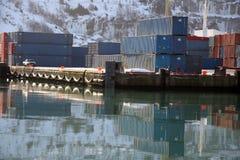 Контейнеры для перевозок зимы стоковая фотография rf