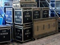 Контейнеры с оборудованием освещения Стоковые Фото