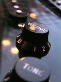 контролирует электрическую гитару Стоковые Изображения RF