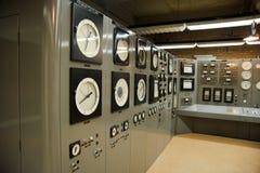контролируйте комнату силы ядерной установки стоковая фотография