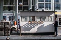 Контрольно-пропускной пункт Чарли, Берлин Стоковые Фото