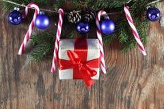 Конфета вставляет орнамент шарика рождества Стоковая Фотография RF