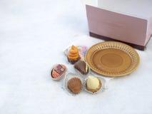 Конфеты шоколада в зиме Стоковые Фото