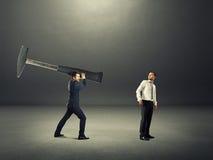 Конфликт между 2 бизнесменами стоковое изображение