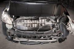 Конца фронт вверх - автомобиля на аварии Стоковые Фото