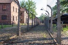КОНЦЕНТРАЦИОННЫЙ ЛАГЕРЬ AUSCHWITZ-BIRKENAU, ПОЛЬША - ИЮНЬ 2017: Нацистский концентрационный лагерь Освенцим i, Освенцим, Польша стоковые фотографии rf