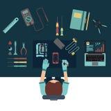 Концепции телефонного обслуживания и ремонта разбивочные Взгляд сверху Плоский дизайн стоковое изображение