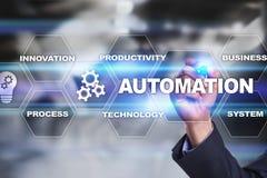 Концепция автоматизации как нововведение, улучшая урожайность, надежность в технологии и бизнес-процессы стоковые изображения rf