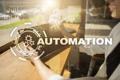 Концепция автоматизации как нововведение, улучшая урожайность, надежность в технологии и бизнес-процессы стоковое фото