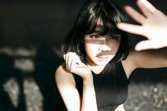 Концепция азиатской девушки стиля этничности милой милой женская молодая стоковое изображение