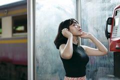 Концепция азиатской девушки стиля этничности милой милой женская молодая стоковая фотография rf