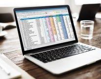 Концепция данным по документа электронной таблицы финансовая Startup Стоковая Фотография